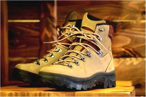 登山靴の値段