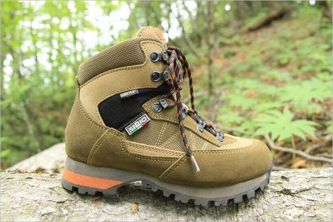 シリオの登山靴