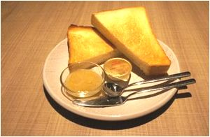 厚切りトーストモーニング